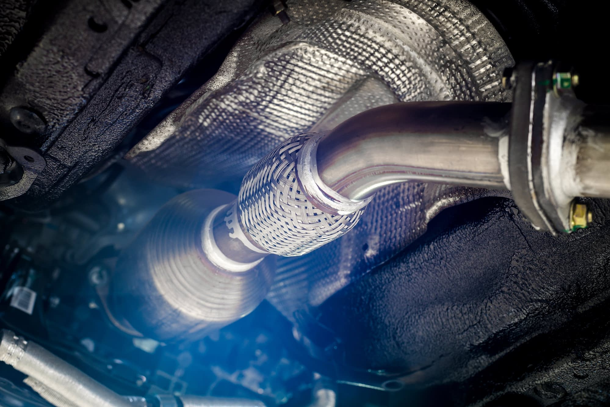 Complete exhaust system used in DPF cleaning